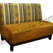 мягкий диван для кафе
