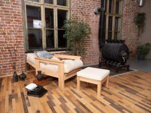 Деревянное кресло для сада, дачи дома